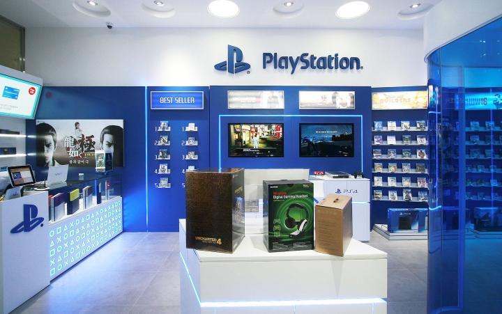 Идеи стеллажей от дизайнеров Sony PlayStation