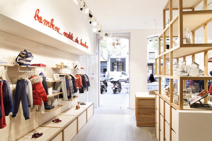 Il Gufo: интерьер детского магазина