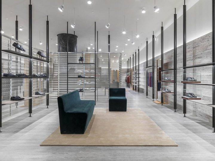 Пример минимализма в интерьере — магазин бренда Brioni