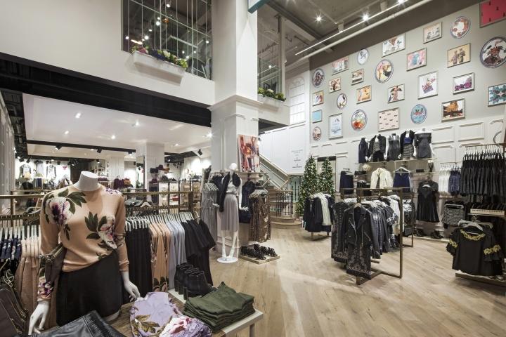 Магазин Oasis: пример запоминающегося интерьера