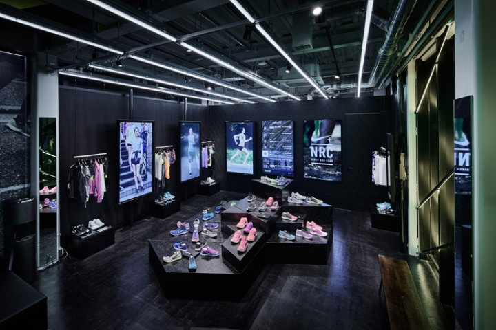 Интерьер Nike+Run Club Omotesando