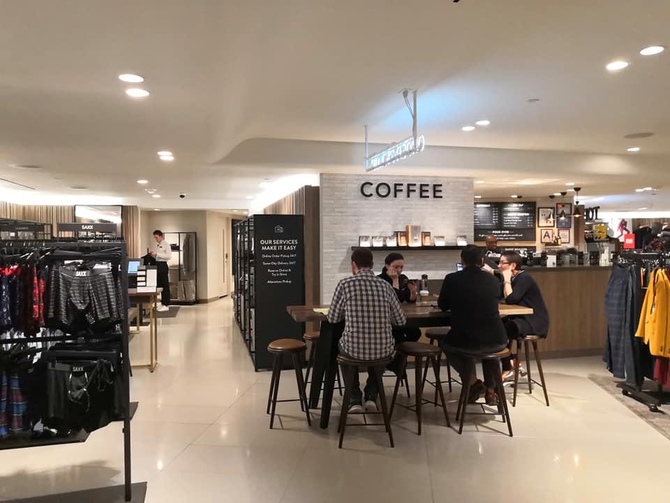 Кофе-зона в универмаге Nordstrom