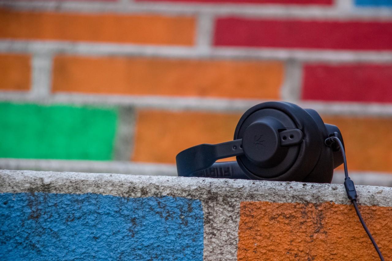 «Звучание» бренда или как музыка влияет на потребителей