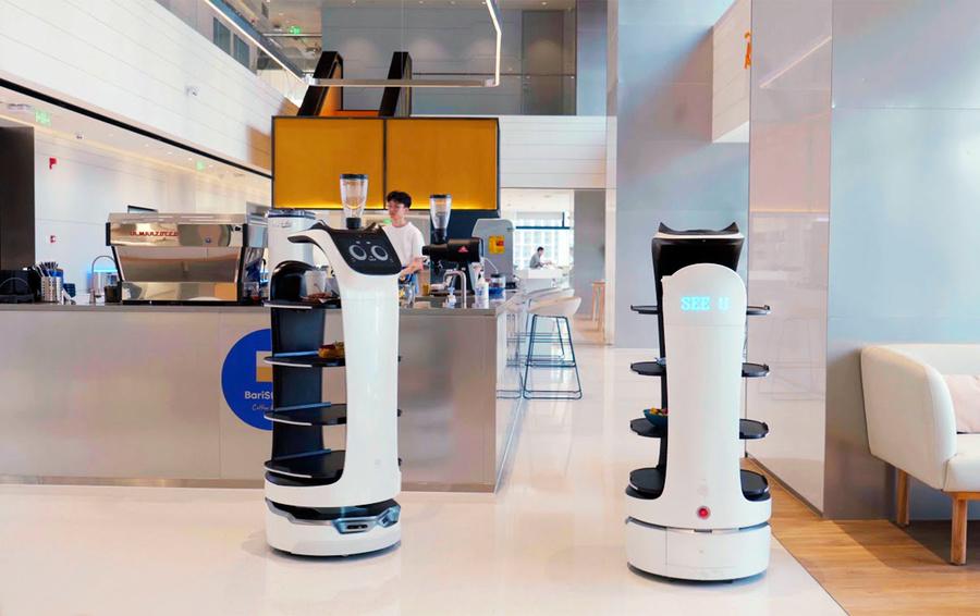 [CES-2020] Технологии для ритейла: от «умного» зеркала до робота-официанта
